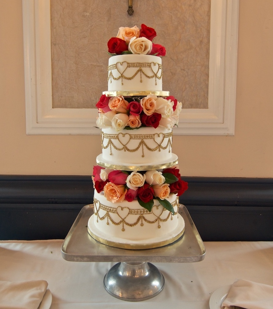Piping and 100 Rose Wedding Cake