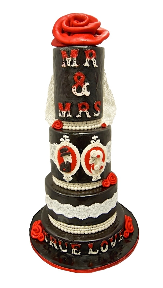 Mr and Mrs True Love Wedding Cake Design - Wedding Bells 2015