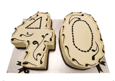 40 Shaped 40 Shaped with Piping Slab Cakes