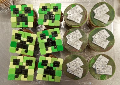 C.O.D. & Mine Toppers cupcakes