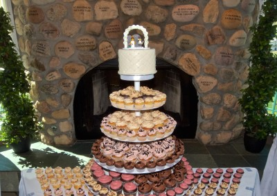 Standard Cupcake Tower and Table