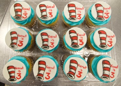 Cat in the Hat Painted Cupcakes