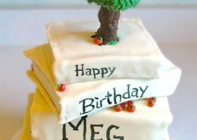 The Giving Tree on Books Women's Cakes