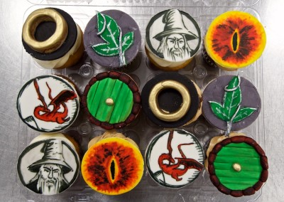 Lord of the Rings Painted Cupcakes