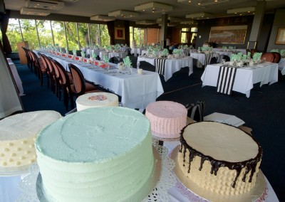 Multi Buttercream Cakes Table