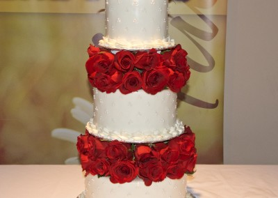 Raised White and Real Red Roses Wedding Cake