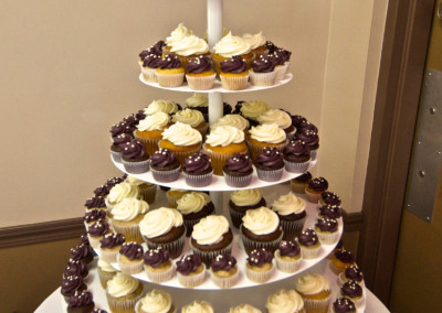 Burgundy and White with Quilting Wedding Cupcakes