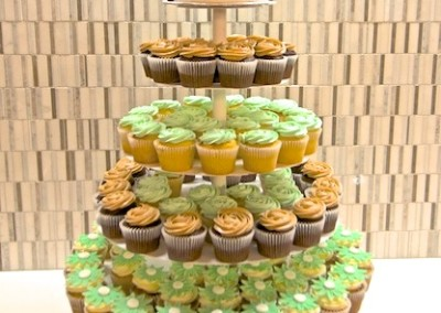 Green And Brown Cherry Blossom Wedding cupcakes