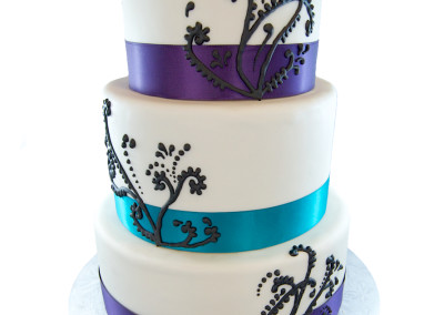 Piping Flare on Ribbons Wedding Cakes